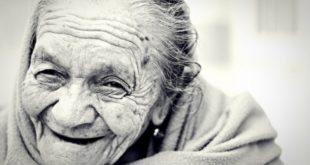 How Seniors Can Prevent Tooth Loss